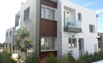 3 and 4 Bedroom Modern Villas