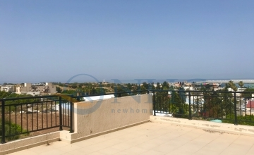1 Bedroom Penthouse, sea views, Kato Paphos